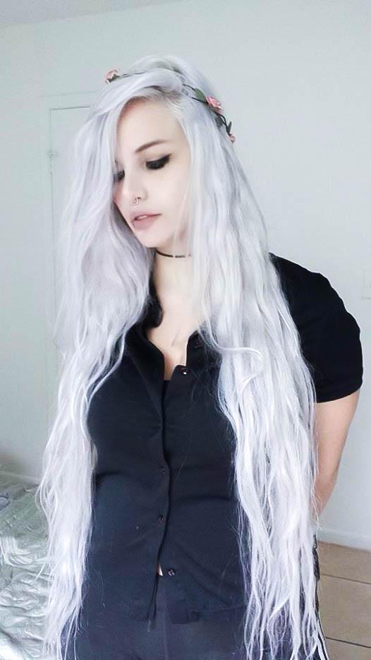 Snow White Hair by MoonBirth on DeviantArt