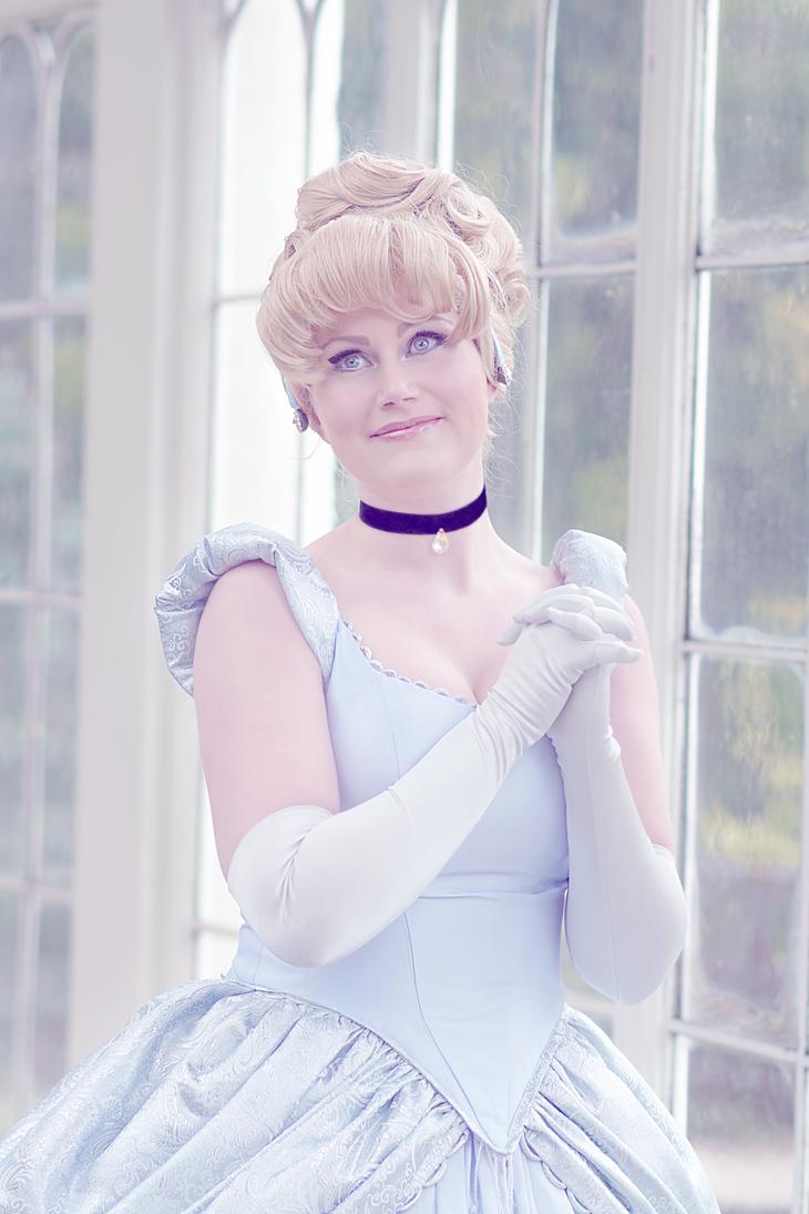 Cinderella by Lumpling