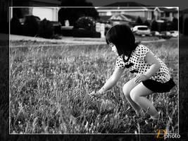 Flower Girl 02 by dzign-art