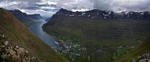 Seydisfjordur, population: 751 by Parasin