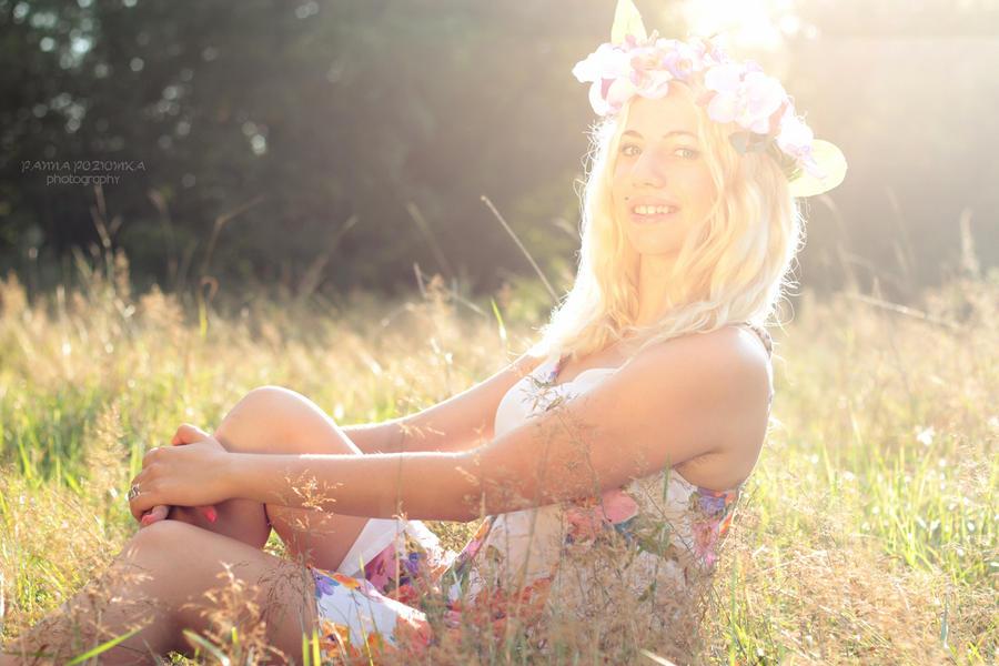 #flowergarland III by panna-poziomka