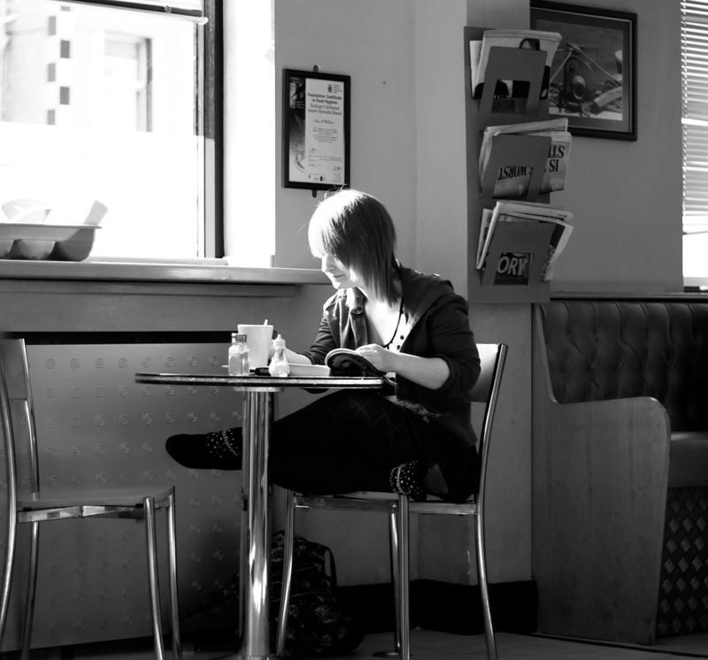 Izrazite svoja osecanja slikom - Page 19 Cafe_by_close_up_clive-d3bp4lm