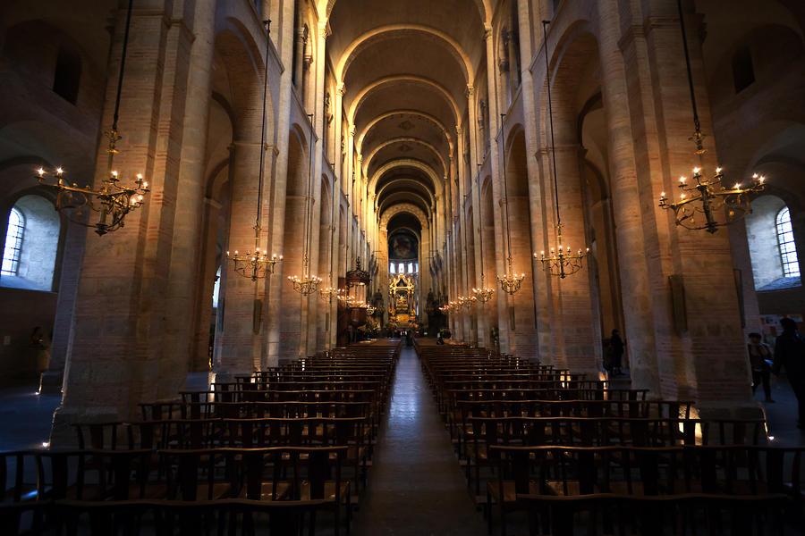 Basilique Saint-Sernin de Toulouse by MikaSvet on DeviantArt