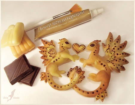 Sweet love candy marzipan  dragons by AlviaAlcedo