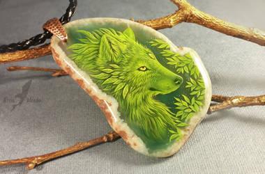 Green wolf by AlviaAlcedo