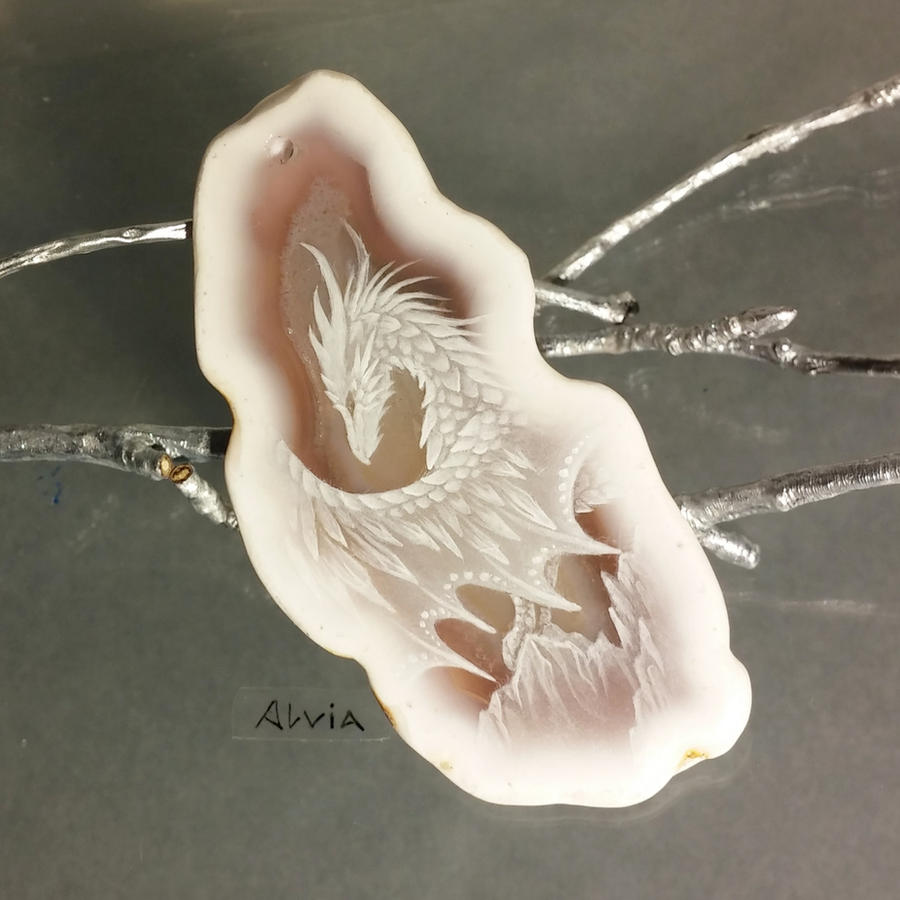 Snowy white by AlviaAlcedo