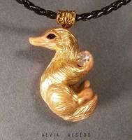 Golden niffler by AlviaAlcedo