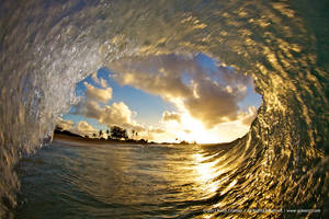 Golden Ring of a Wave by gokenji