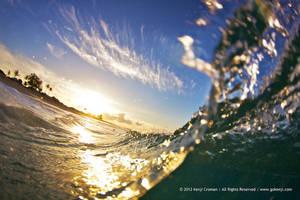 Over Under Wave by gokenji