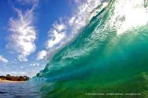 Glassy Wave by gokenji