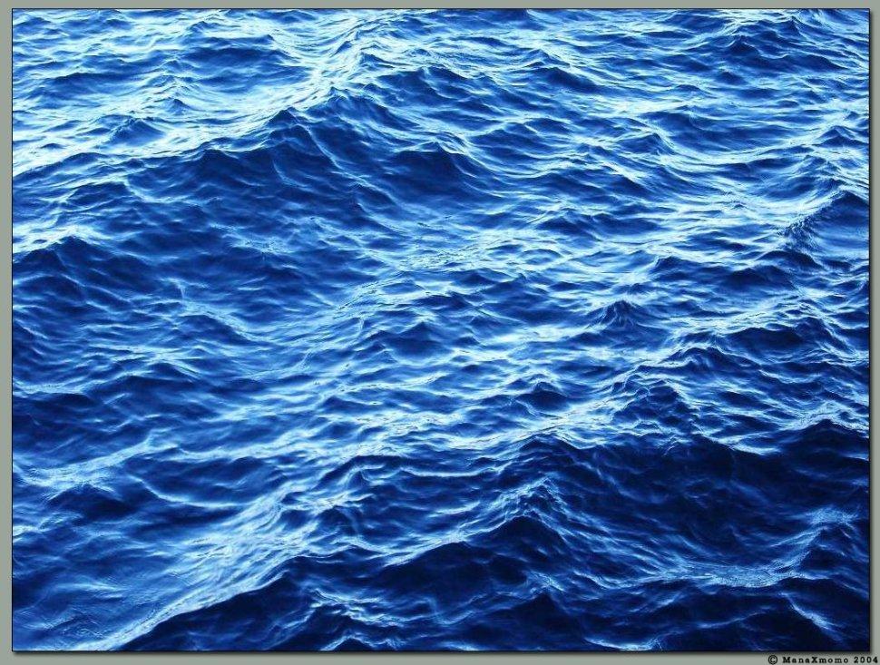 ManaXmomo-Water blue