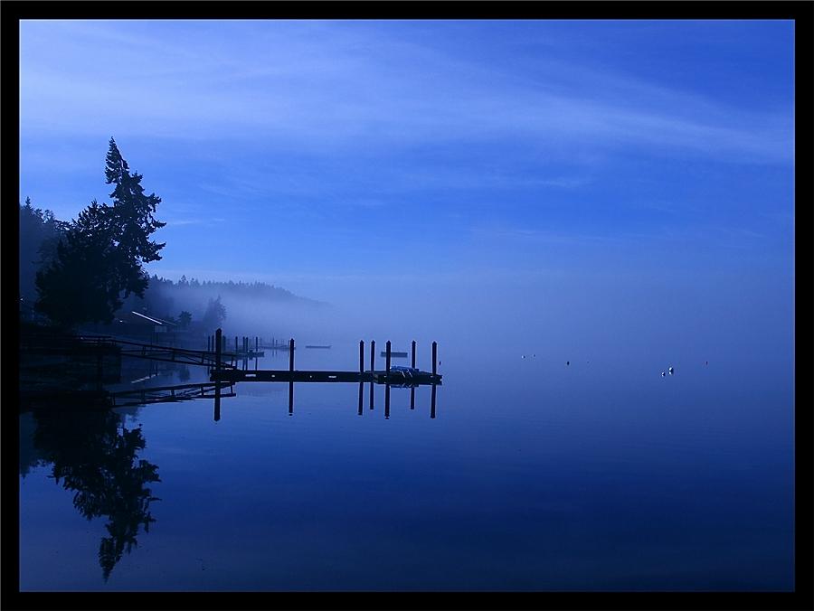 The Blue Abyss by La-Vita-a-Bella