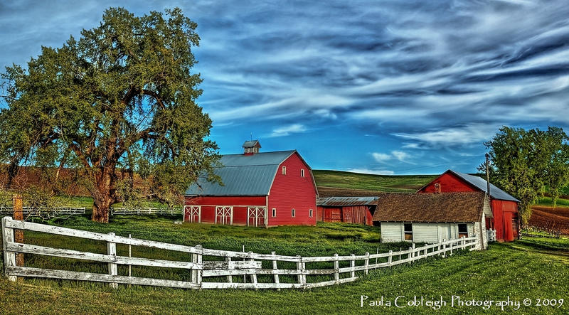 Palouse Barn by La-Vita-a-Bella