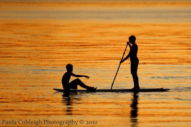 Silhouette Paddle Surf Boys by La-Vita-a-Bella