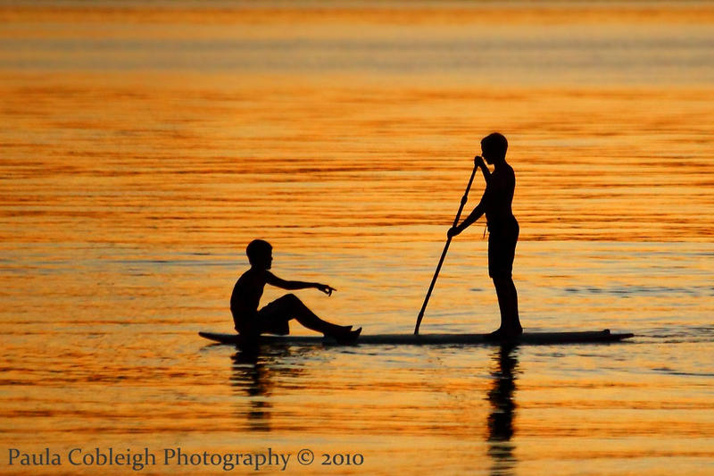 Silhouette Paddle Surf Boys