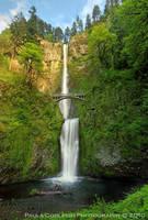 Waterfall - Multnomah Falls by La-Vita-a-Bella
