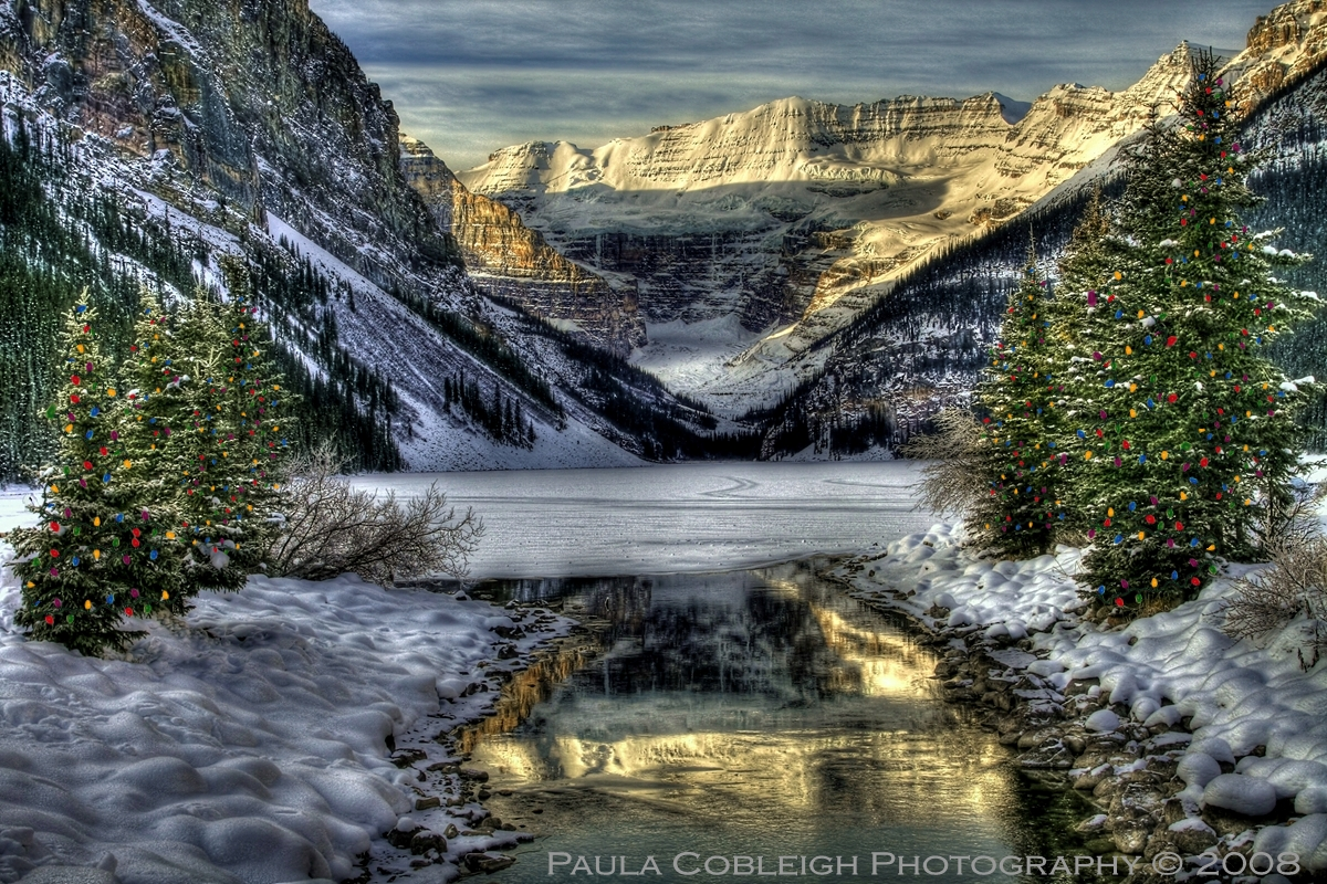 Christmas at Lake Louise by La-Vita-a-Bella