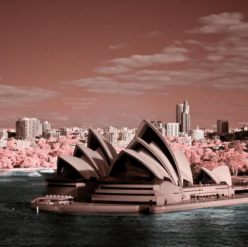 Sydney Opera House - Infrared by La-Vita-a-Bella