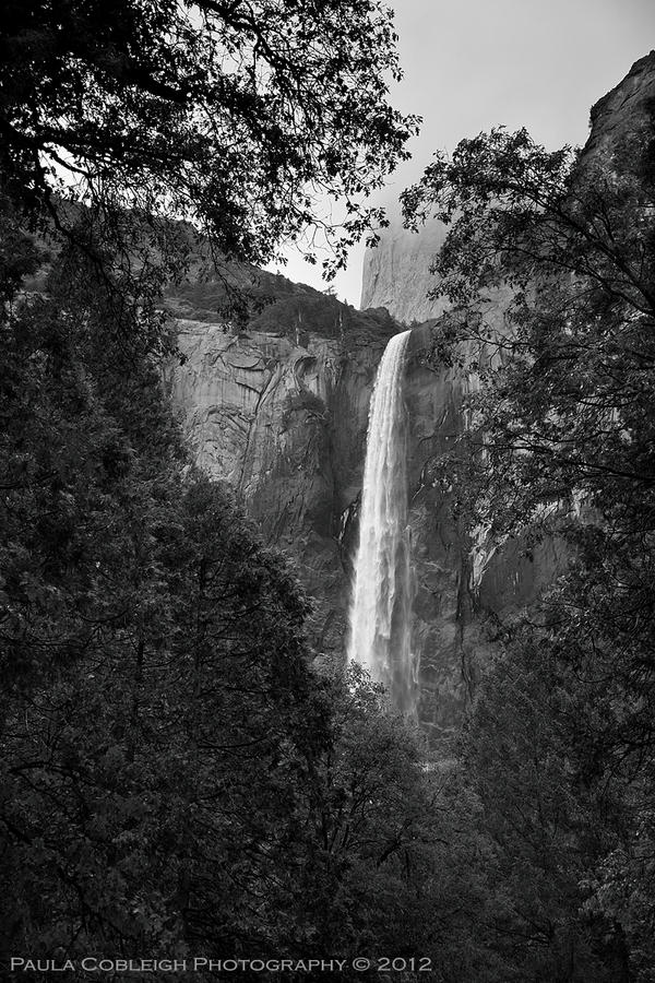 Bridal Veil Falls by La-Vita-a-Bella