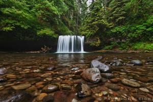 Waterfall - Upper Butte Creek Falls