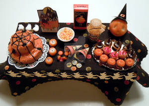 Big Halloween party table by miniacquoline