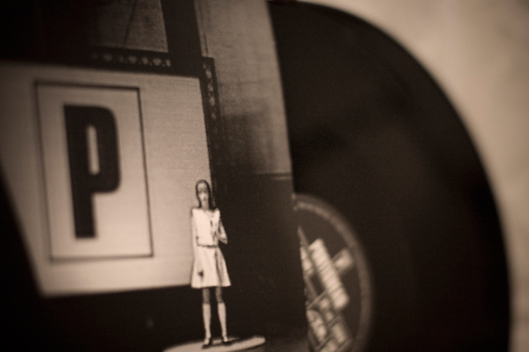 Portishead Western Eyes перевод