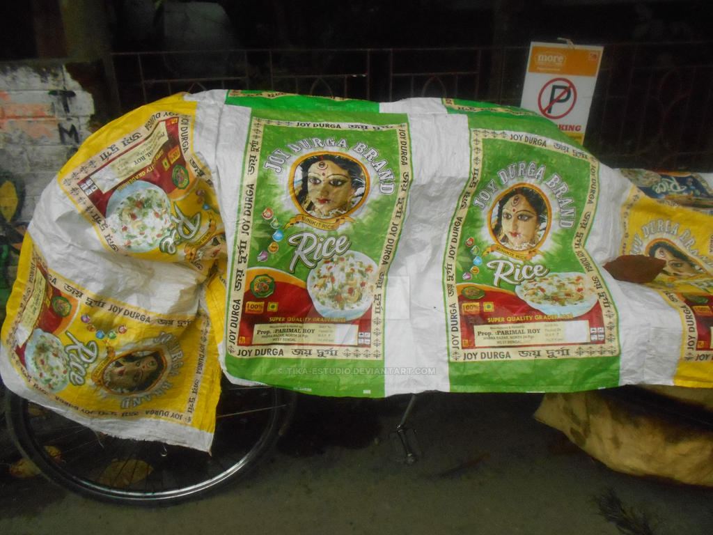 En Kolkata-Joy Durga Brand Rice by Tika-estudio