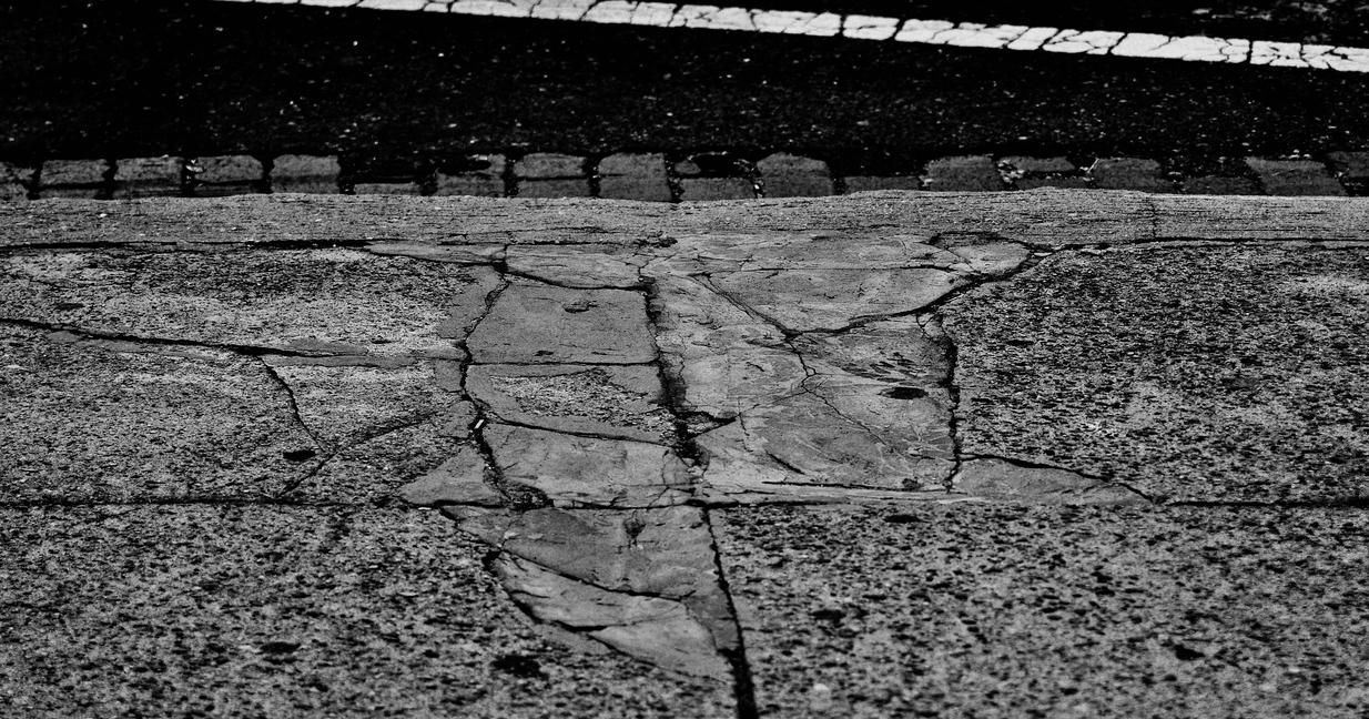 Curbside by B9CC1D