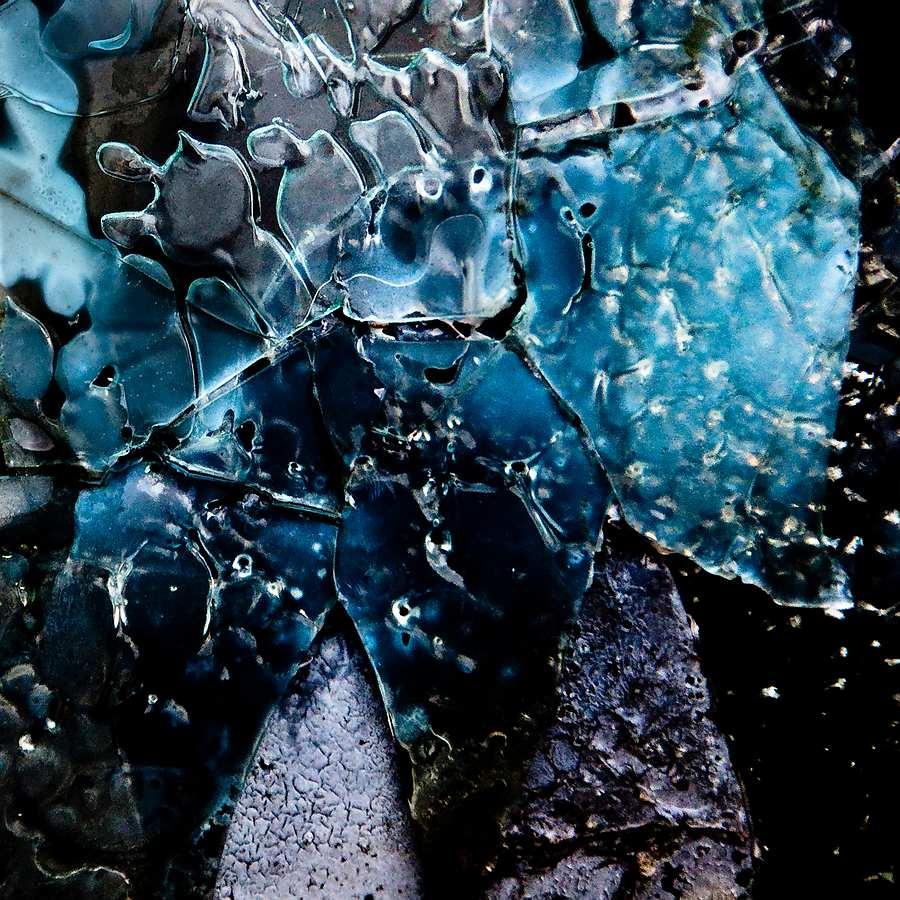 Broken 4 by Rob1962