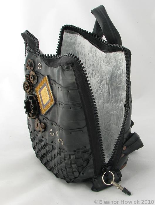 Bicycle tube bag - inside by elfnor