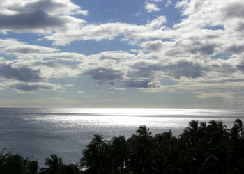Honolulu oceanscape by CaptainNewcastle
