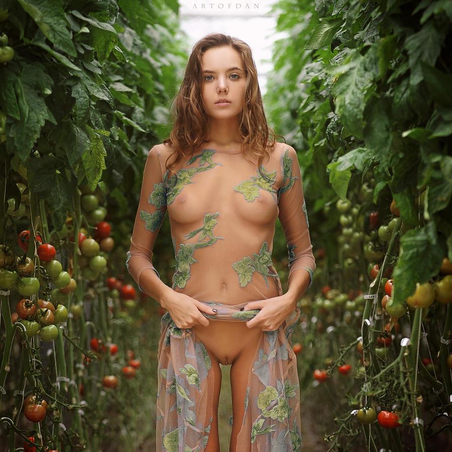 Nude Deviant Art 9