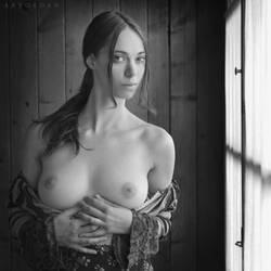 A Womans Beauty by ArtofdanPhotography