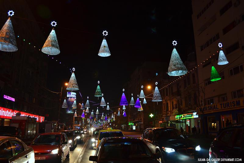 holiday lights... by Iulian-dA-gallery