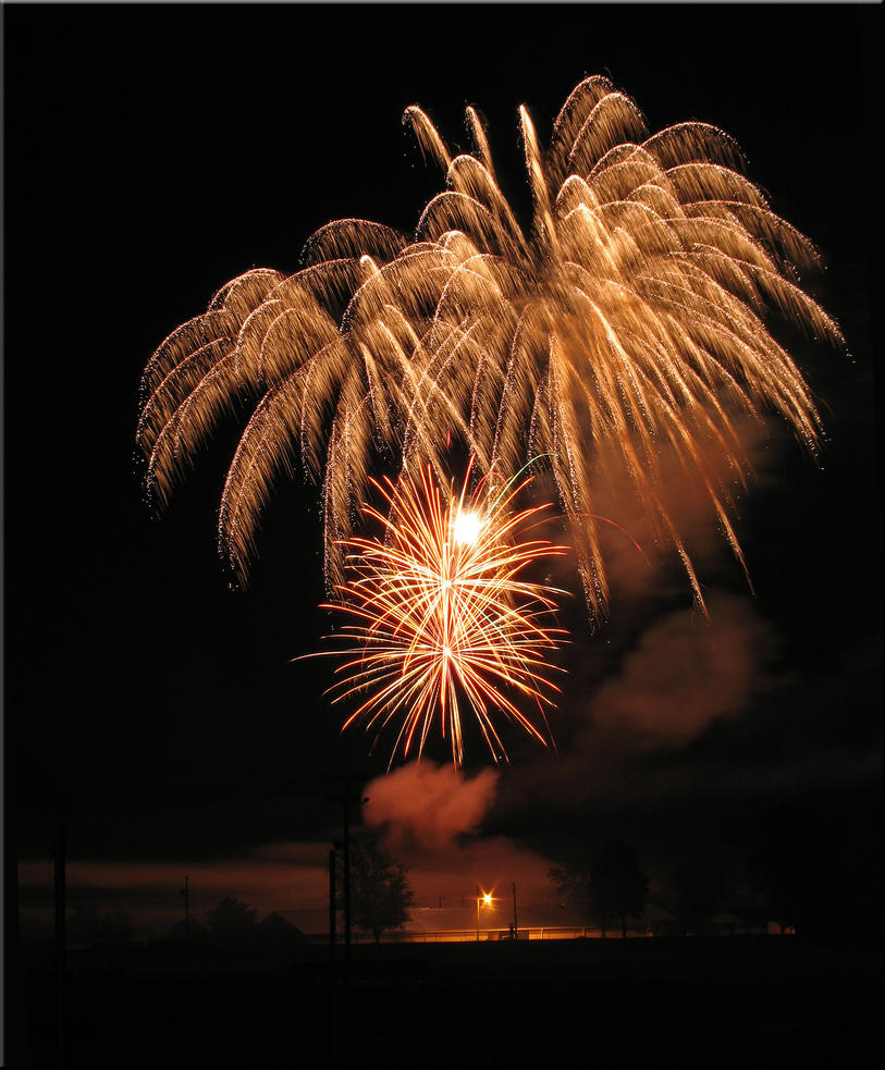 Canfield Fireworks 2009 1 by WDWParksGal-Stock