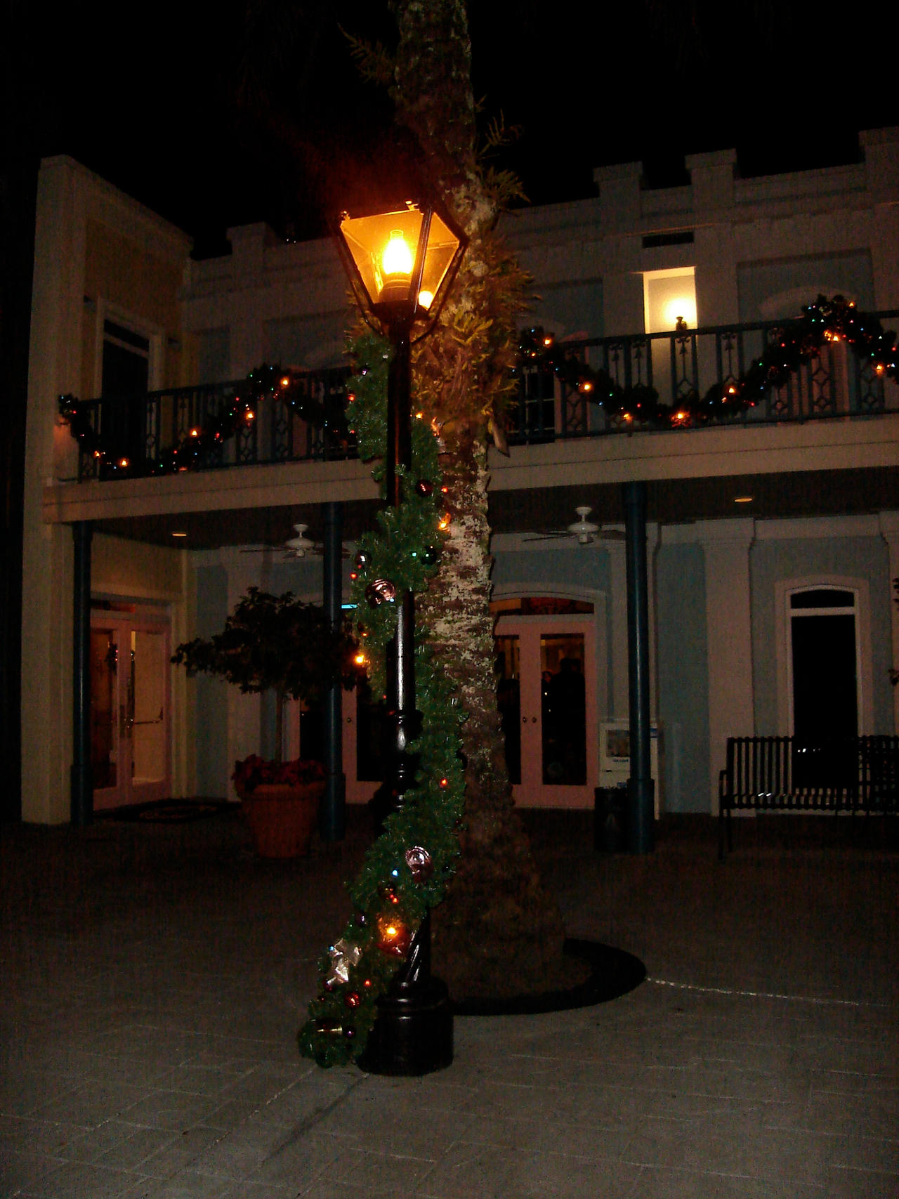 Christmas Lamp Post That Holds A Lantern Craft X