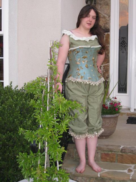 Victorian Corset by ineedsleepmhaha