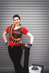 Lady Heavy from TF2 Cosplay by leAlmighty