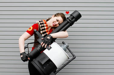 Lady Heavy from TF2 Cosplay 2 by leAlmighty