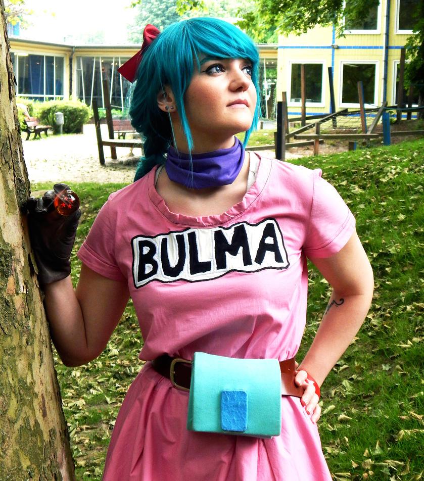 Bulma Briefs Cosplay by Kuchendiebin