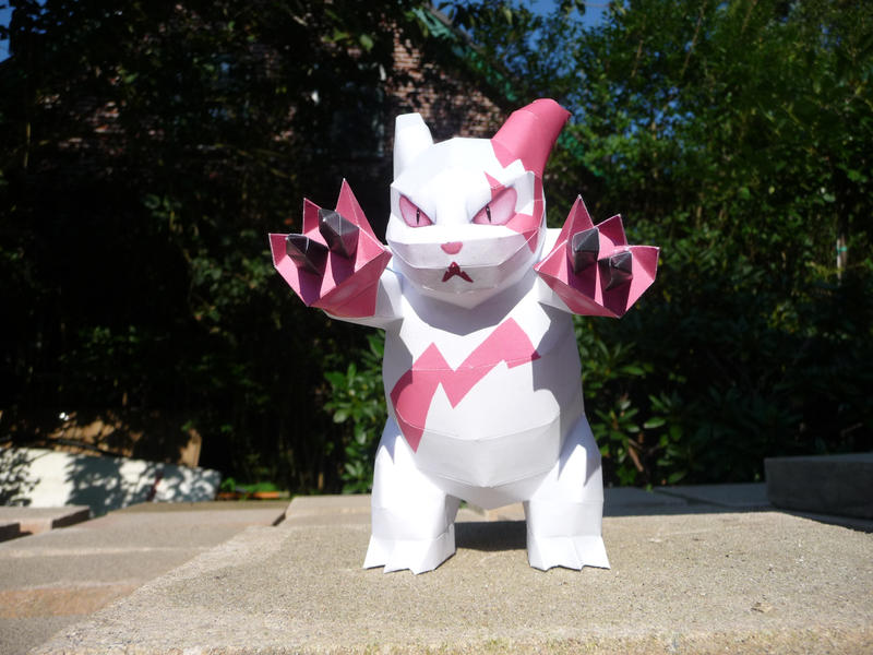 zangoose papercraft by dodoman75