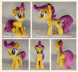 *FOR SALE* Small Scootaloo Plushie