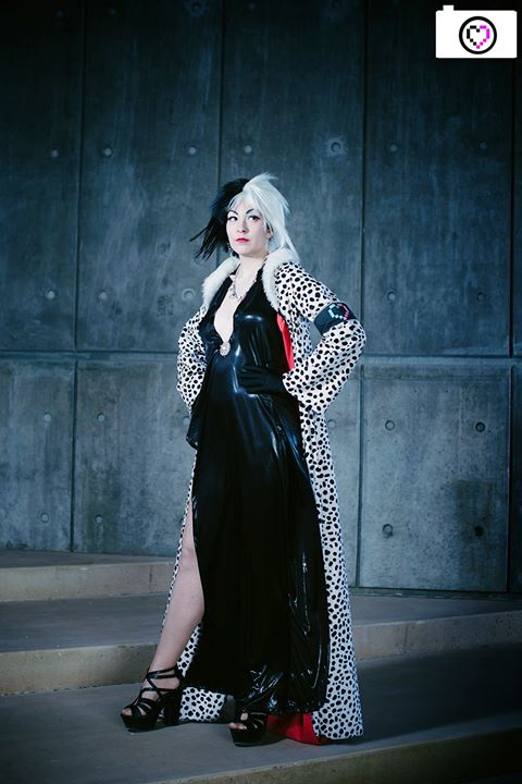 Cruella-- Catwalk by Miss-Marquin