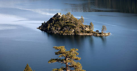 Fannette Island and tea house Lake Tahoe