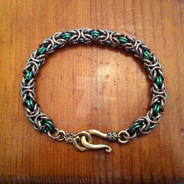 Byzantine Bracelet by MochiBunni