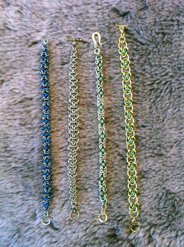 Chains by MochiBunni