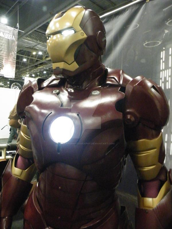 Iron Man close up by AkraruPhotography