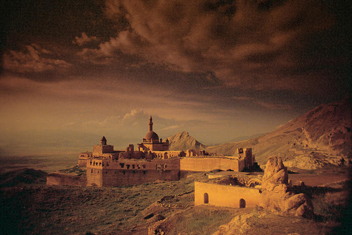 Ishak Pasha Palace by sado34