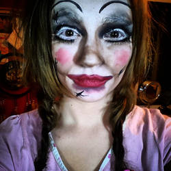 SFX Make Up - Remake of Annabelle by LacehRawrMaee