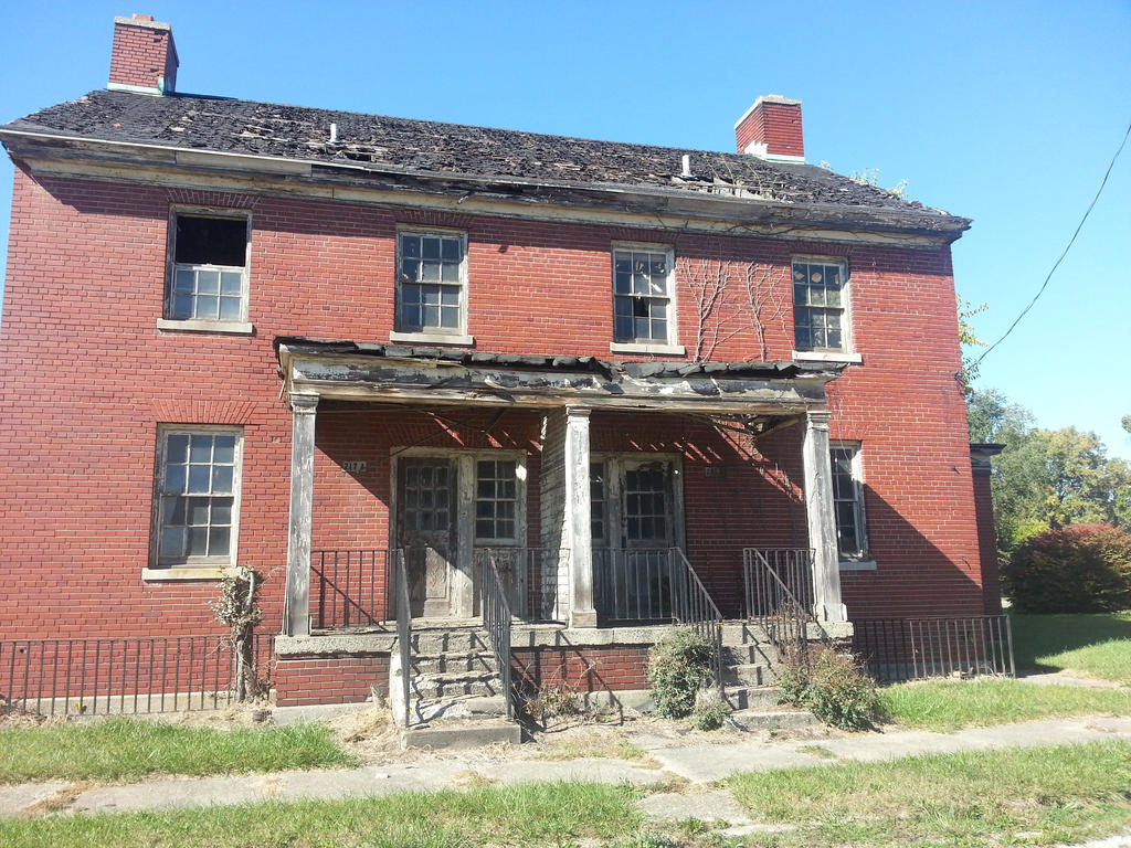 Pictures of broken down house